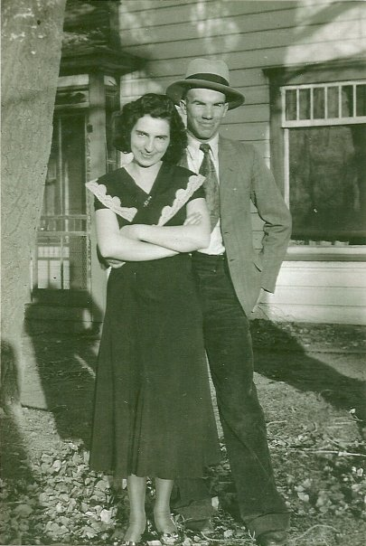 Mom and dad 1933